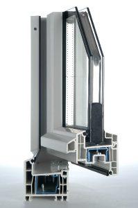 Ein Muster von einem Kunststofffenster von Fensterbau Nill.